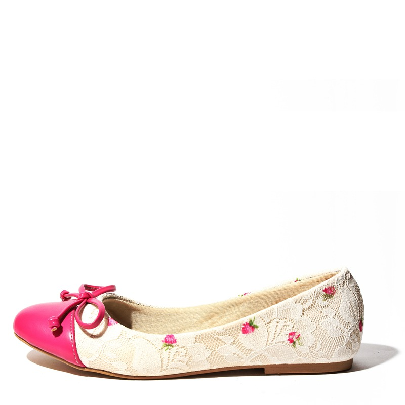 8f8f65c64d3c resized-shoes-07-2e.png